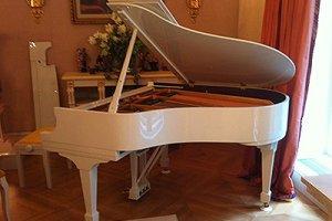 Профессиональная и бережная перевозка пианино и роялей по Москве, Московской области, регионам РФ