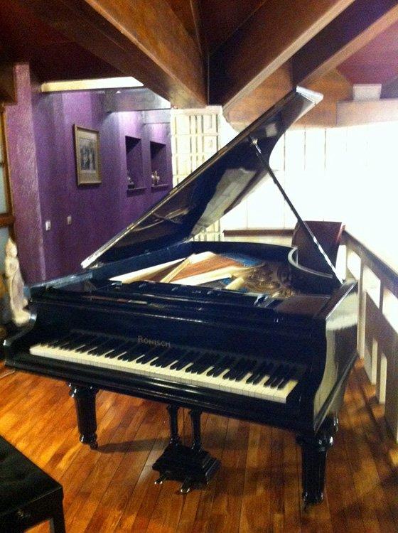 отремонтированный и настроенный рояль на даче