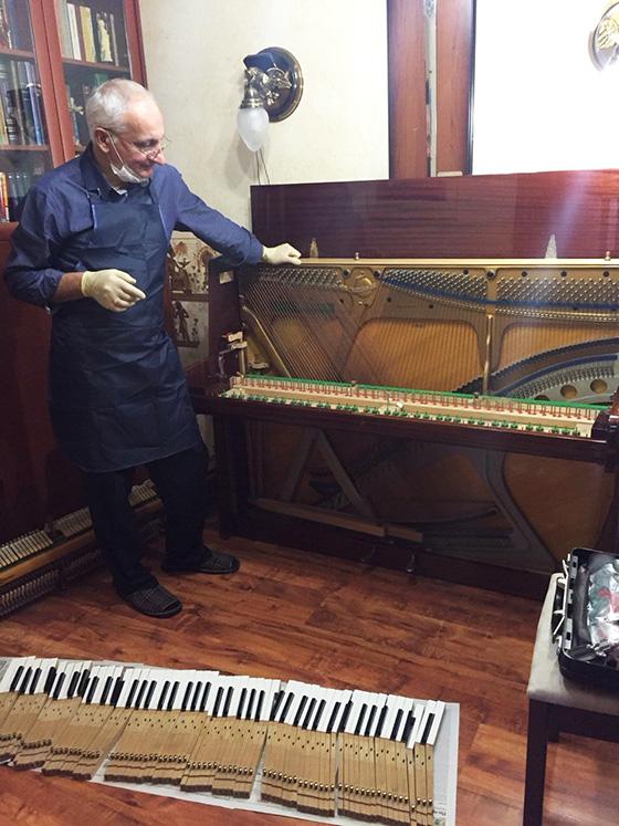 мастер - настройщик фортепиано