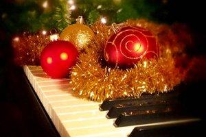 Новогодний рояль